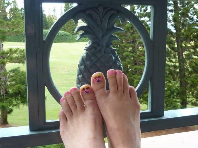 alohatoes